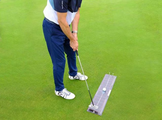 Tour-Edition-Black-T-Stroke-Putting-Arc-Mat